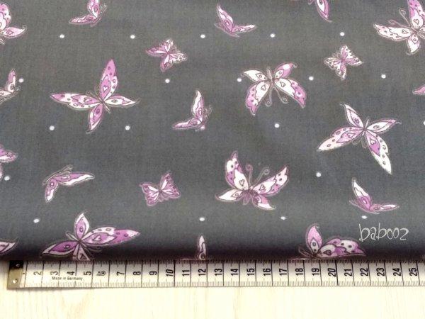 Stoff grau mit lila Schmetterlingen