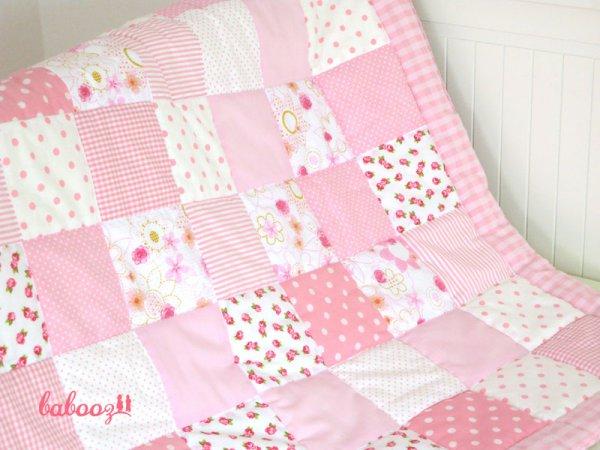 Krabbeldecke / Patchworkdecke weiß-rosa