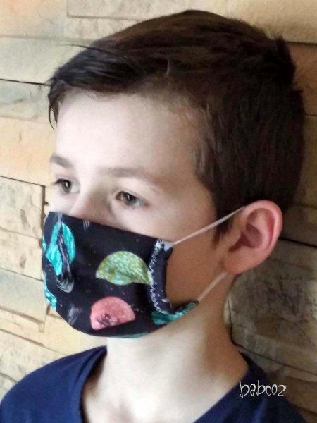 Kinder Mundmaske schwarz mit Planeten